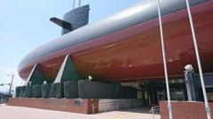 鋼鐵の鯨。
