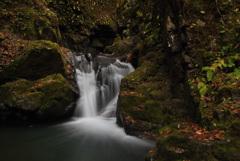 龍双が滝の秋