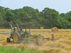 暴れる農作業マシーン