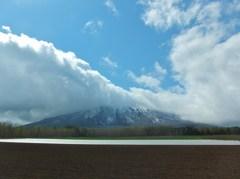 雲架かる羊蹄