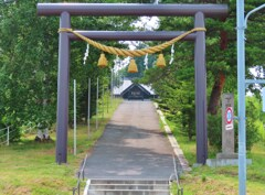 住宅街の神社