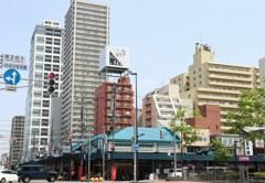 札幌散歩22  2条市場と高層マンション