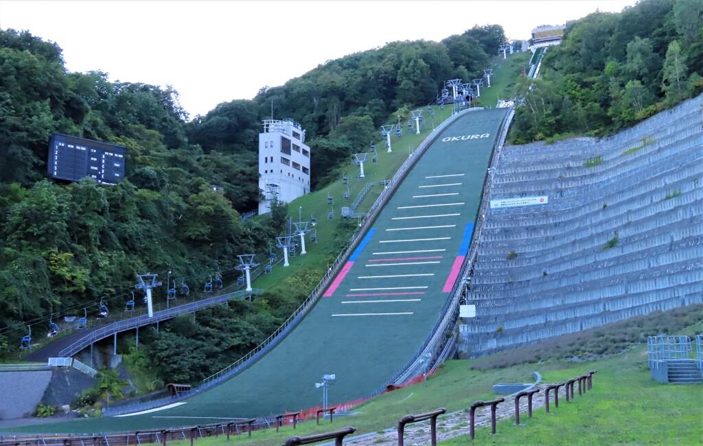 夏のジャンプ台