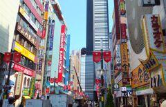 ゴジラが居る新宿の街