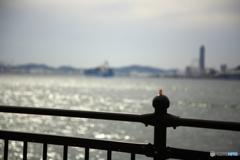 のんびり船でも見よっと(^^;