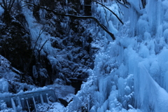 尾ノ内渓谷の氷柱①