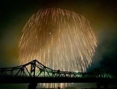長岡花火 三尺玉と長生橋