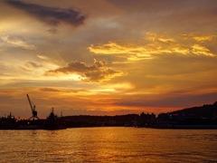 高雄港の夕焼け