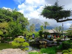 島津家別邸から桜島を望む