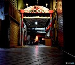 昭和へタイムスリップする門