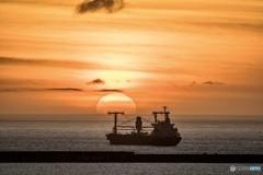 那覇港の夕日