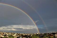 虹の向こうの虹