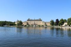 水に浮かぶ宮殿 (ドロットニングホルム宮殿 1)