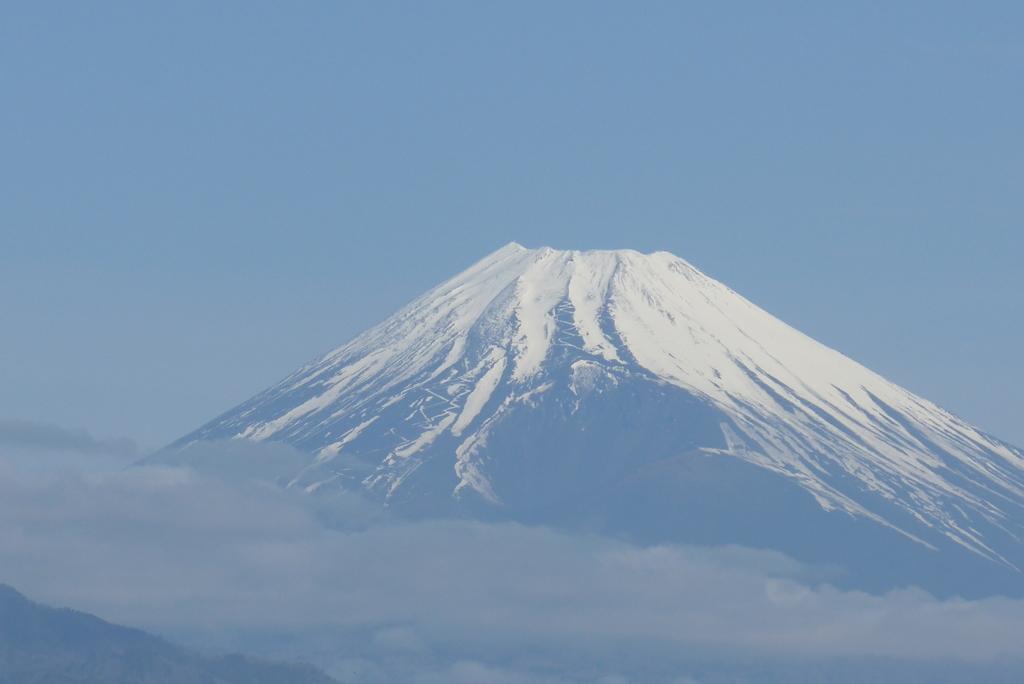 P1260707 4月6日 今朝の富士山