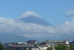 P1280194 8月10日 今朝の富士山