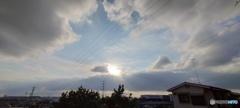広角の青空と雲と鉄塔4
