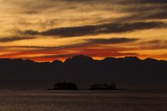北アルプスの夜明け