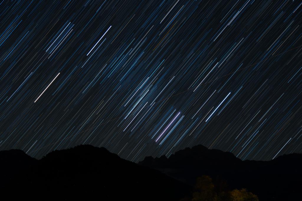 剣岳と星空3