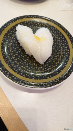 回るお寿司のハート