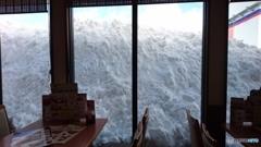 雪国ファミレス店内