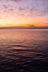 海と富士と夕焼けと