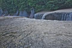滝めぐり③吹き割の滝♪1