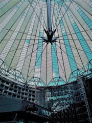 ベルリンの象徴・ソニーセンター