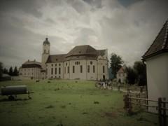 片田舎の小さな教会・・その奇跡は