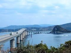 角島から見る大橋