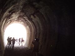 廃線トンネルを歩く 5
