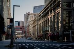 元日の東京 中央通り