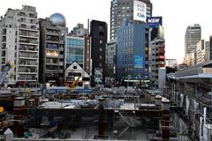 渋谷駅山手線から望
