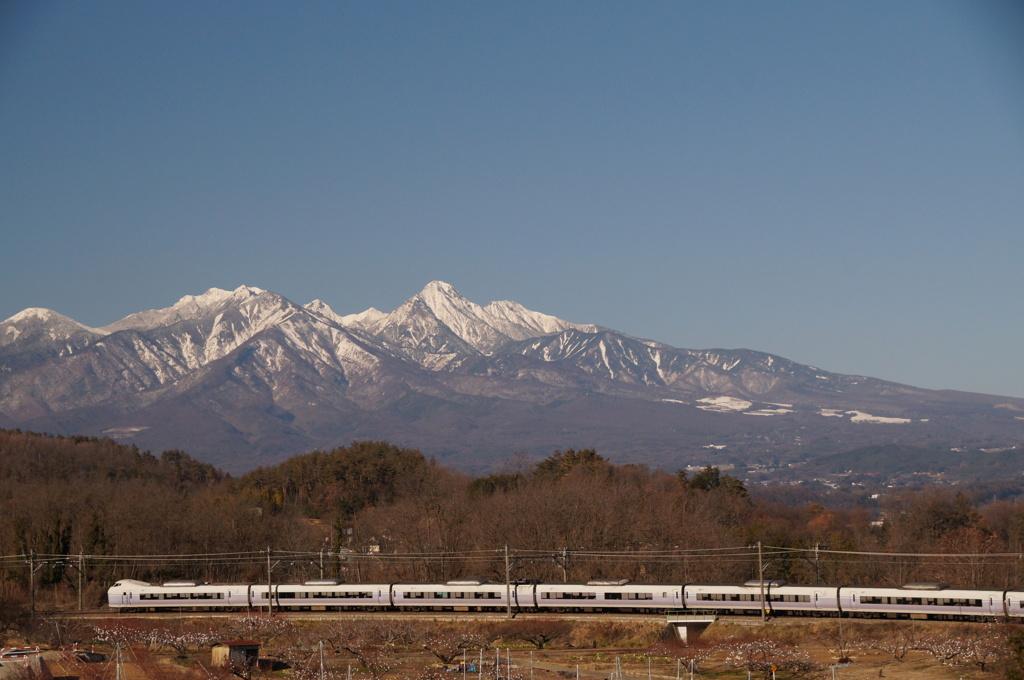 八ヶ岳&E351系電車!