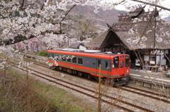 旅情ムード満点の湯野上温泉駅!④