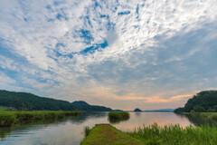 朝の風景 -湖畔-