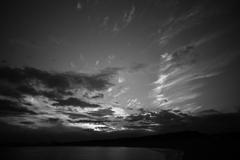 モノクロで空を撮る時