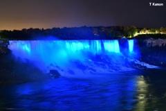 ライトアップのアメリカ滝②