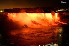 ライトアップのアメリカ滝①