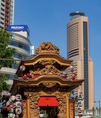 浜松まつり・御殿屋台【アクトタワーと屋台】
