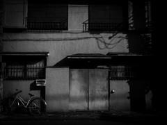 誰の自転車?