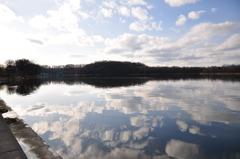 網走湖と秋の空
