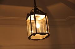 鳩山会館(照明)