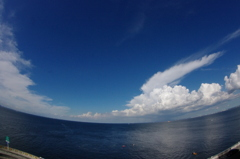 広がる空と海