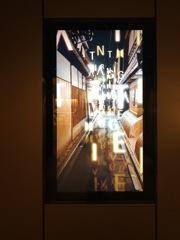 エレベーターホール、デジタルサイネージ