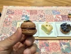 比較対象 : ミニャルディーズ(お茶菓子)