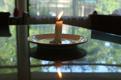 CANDLE ON THE MIRROR