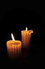 creepy crypt candles