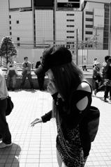 新宿のヒョウ柄