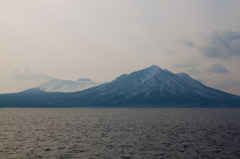 樽前山(千歳市ポロピナイ付近から)