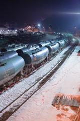 待機する貨物列車